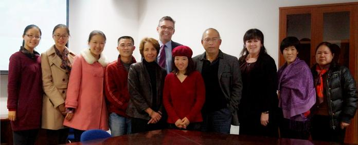 Dr.Bottorff and her UBC team came to the Center for Tobacco Control Research Zhejiang University for academic discussion
